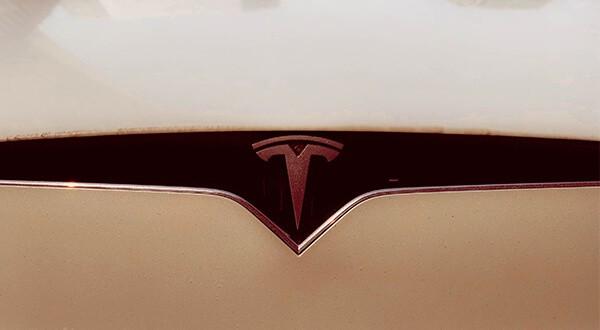 El piloto automático de Tesla será actualizado en todos los vehículos fabricados en los últimos dos años