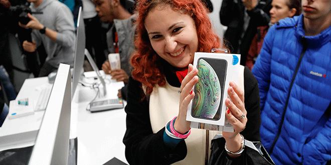 Apple no está segura de poder fabricar los nuevos iPhones, Apple Watch, iPad y Macs que lanzó las últimas semanas. REUTERS/Tatyana Makeyeva