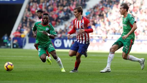 El Atlético de Madrid agrandó su imponente racha en el Metropolitano con una victoria frente al Alavés