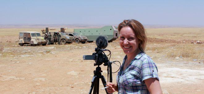 Alba Sotorra, la cineasta española que ha documentado la labor que realizan las combatientes de las YPJ (Unidad de Defensa de las Mujeres) en su lucha en la Guerra de Siria.