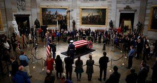 Despiden a expresidente George H.W. Bush en el Capitolio. Luego será llevado este miércoles a la catedral nacional de Washington/Reuters