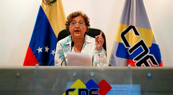 Abstención de 72% en comicios municipales en Venezuela