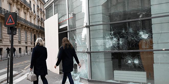 """Crecimiento económico de Francia se desacelera por protestas de los """"chalecos amarillos"""""""