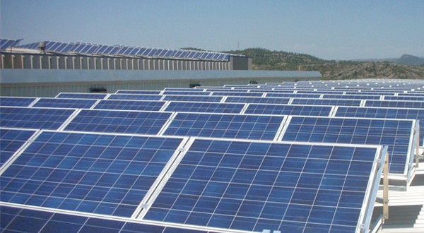 Endesa construye su mayor parque solar en España. Se prevé que la nueva planta en Murcia entre en funcionamiento en tercer trimestre de 2019/Reuters