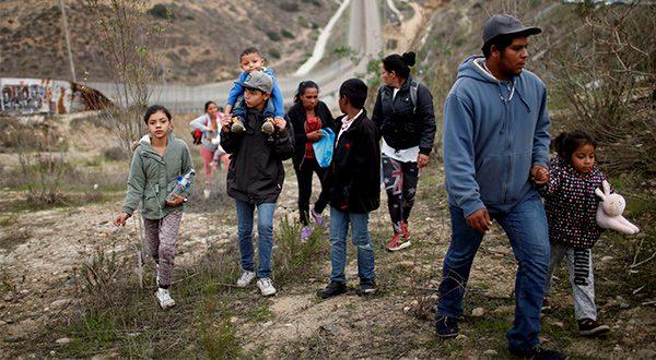 """Familia de migrantes en Tijuana: """"Si nos deportan somos comida fácil"""""""