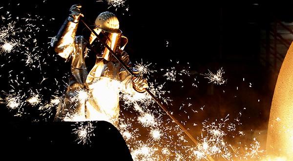 Actividad manufacturera en zona euro crece con lentitud, mientras en España mejoró, según una encuesta divulgada este lunes/Reuters