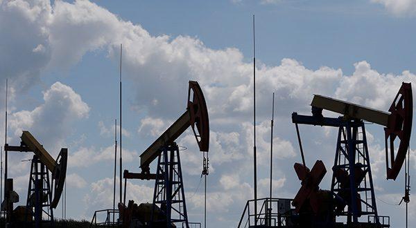 Presidente de la OPEP optimista de sellar acuerdo para bajar producción. Analistas de Reuters anticipan un panorama incierto para la demanda/Reuters