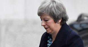 Theresa May podría retrasar votación parlamentaria sobre el acuerdo del Brexit, debido a que pareciera inminente su derrota/Reuters