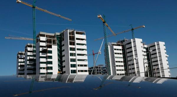 Obras de construcción de un bloque de pisos en Madrid el 24 de septiembre de 2018. REUTERS/Susana Vera