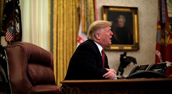 El presidente de Estados Unidos, Donald Trump, en una videoconferencia con miembros del servicio militar. La paralización de la Administración continúa REUTERS/James Lawler Duggan