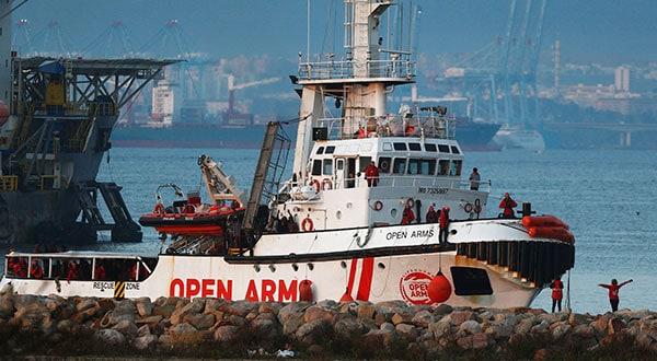 Fue el cuarto desembarco del buque Open Arms con ayuda humanitaria / REUTERS