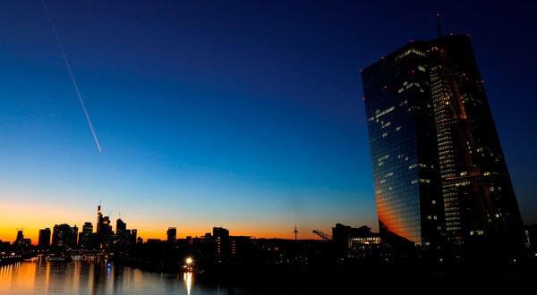 Para elBancoCentral de Europa (BCE) los pronósticos no son alentadores para la economía global / REUTERS/Kai Pfaffenbach