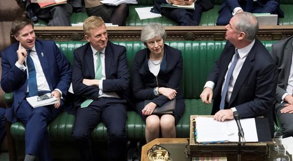 La Primera Ministra Theresa May antes del voto por el acuerdo del Brexit /REUTERS