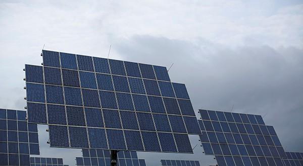 Existen acciones que facilitarán el autoconsumo fotovoltaico en España/ REUTERS/Lisi Niesner