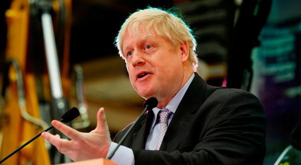 En la imagen, el exministro de Exteriores británico Boris Johnson da un discurso en la sede de JCB en Rocester, Staffordshire, Reino Unido, 18 de enero de 2019. REUTERS/Andrew Yates