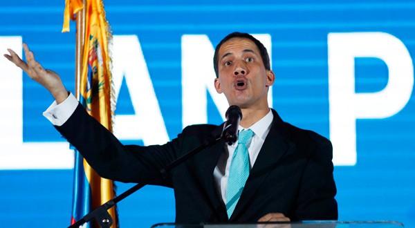 En la imagen, el líder opositor venezolano Juan Guaidó en un acto en Caracas, Venezuela, el 31 de enero de 2019. REUTERS/Carlos Garcia Rawlins