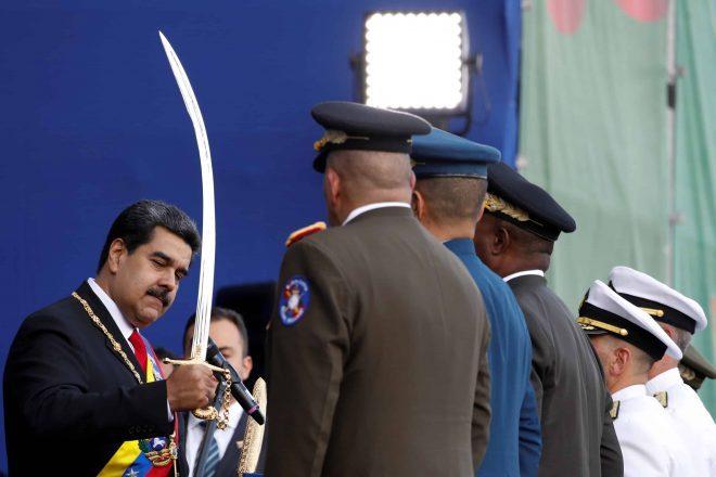 Jaque en Venezuela, el mate en camino