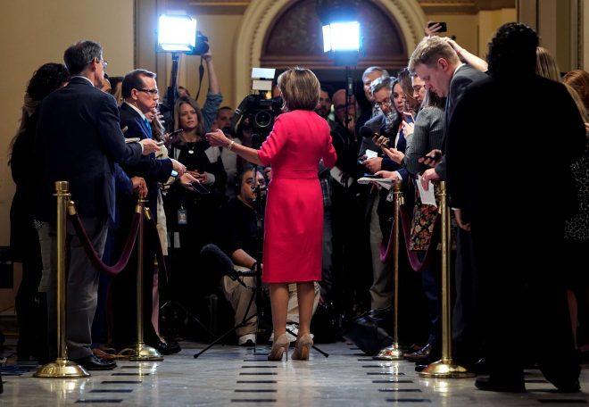 Los demócratas desafían a Trump a que termine con el cierre de Gobierno en EEUU