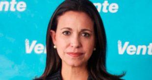 La líder de Vente Venezuela, María Corina Machado, dijo que Nicolás Maduro es un dictador de facto/Archivo