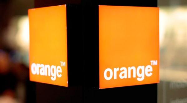 En la imagen, el logotipo de Orange en un centro comercial en Niza, Francia, 8 de marzo de 2016. REUTERS/Eric Gaillard/File Photo