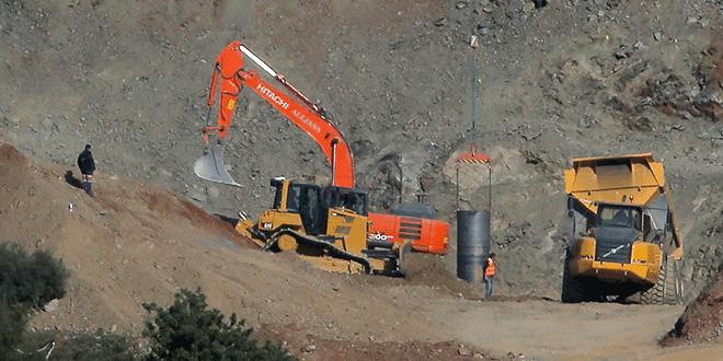 El equipo de rescate minero en el área donde Julen, un niño español de dos años, cayó en un pozo profundo hace once días, en Totalán, sur de España. 24 de enero de 2019.