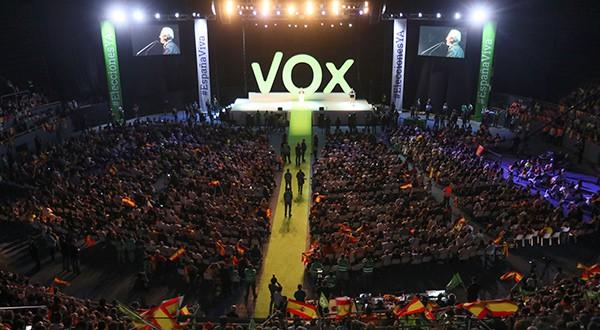 Sondeo del CIS mostró ascenso de VOX, desconfianza hacia Pedro Sánchez y caída del PP