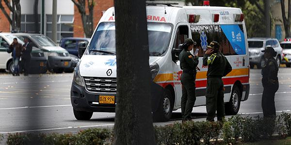 Al menos nueve muertos por explosión de carro bomba en academia policial de Colombia
