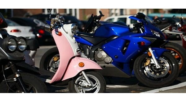 En México Cabify ofrece servicios de motos eléctricas.