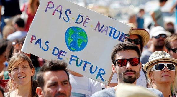 Representantes de ONG europeas presionan a los gobiernos para ejercer mayores controles sobre el cambio climático/REUTERS