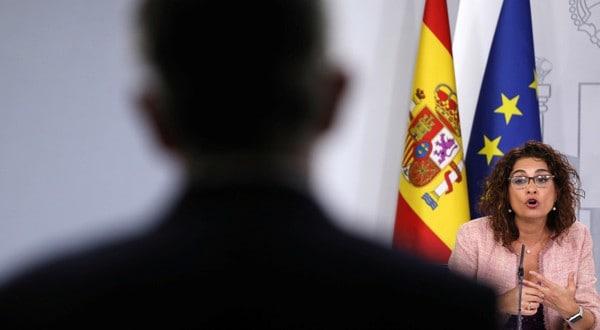 María Jesús Montero, en el palacio de la Moncloa, Madrid, España, el 15 de octubre 2018, cuando el Consejo de Ministros aprobó el proyecto de los PGE 2019 REUTERS/Susana Vera