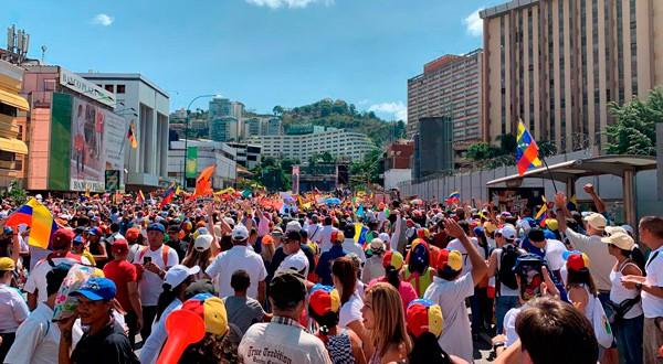 Caracas se llenó de manifestantes en apoyo a un cambio en el país.