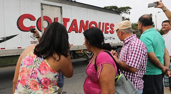 Los containers que llegaron a Cúcuta contienen principalmente comidas y medicinas