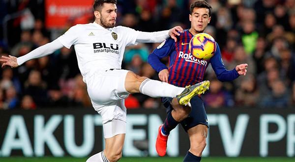 Una remontada épica logró el Barsa para igualar a dos tantos con el Valencia en el Camp Nou