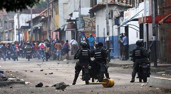 Crecen las tensiones por ingreso de la ayuda humanitaria a Venezuela