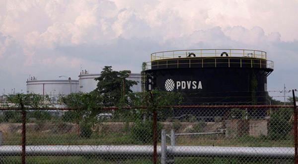 La India se convierte en el primer comprador de crudo de Venezuela tras sanciones de EEUU