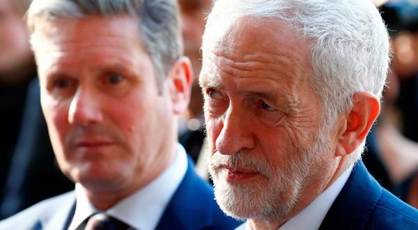 Jeremy Corbyn, líder laborista, confirmó su nueva postura y la llevará al Parlamento.