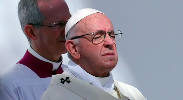 Papa Francisco lamentó los incumplimientos del Gobierno de Maduro en las pasadas ocasiones de diálogo.