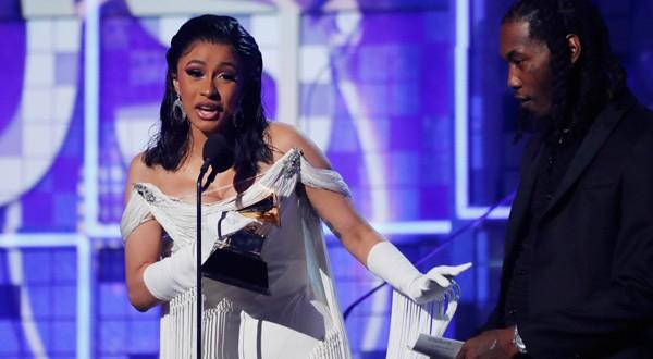 Cardi B también hizo historia como la primera mujer solista en ganar Mejor Álbum Rap