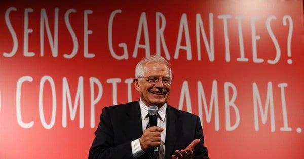 """El ministro Josep Borrell aseguró que el embajador de España en Venezuela """"hizo todas las gestiones posibles para pedir y facilitar la entrada de estos parlamentarios"""", aunque en vano."""