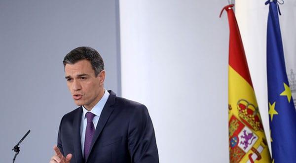 El presidente del Gobierno español, Pedro Sánchez, a través de su cuenta en Twitter, ratificó las declaraciones de la mañana de este viernes de la vicepresidenta Carmen Calvo.