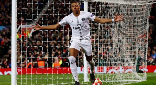 Kylian Mbappé celebra el segundo gol ante el Manchester United