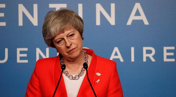 la primera ministra británica Theresa May no descarta que el Reino Unido permanezca en la unión aduanera de la UE