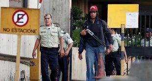 EEUU retirará a todo el personal diplomático que aún tiene en Venezuela