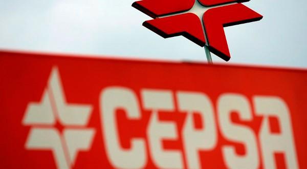 El logo de Cepsa en una gasolinera de Madrid, el 4 de marzo de 2016.