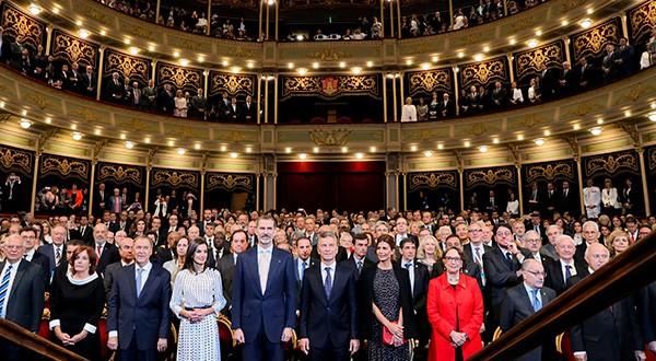 Congreso de Lengua Española rendirá homenaje a Julio Cortázar. El fue inaugurado por los reyes de España Felipe y Letizia
