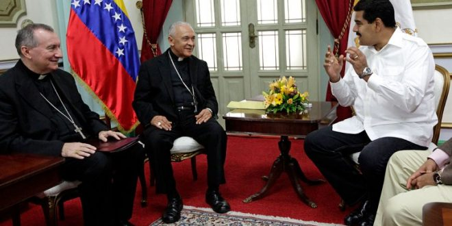 El Vaticano urge una solución pacífica para Venezuela