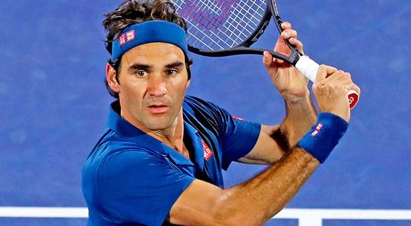 Roger Federer en Dubái hizo su sueño realidad y ganó su título 100 ante el griego de 20 años Stefanos Tsitsipas en dos sets/ATP