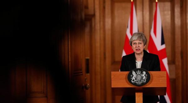 La primera ministra británica, Theresa May, realiza declaraciones sobre el Brexit en Downing Street, Londres.