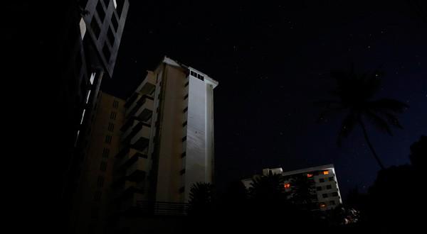 Caracas a oscuras durante apagón.