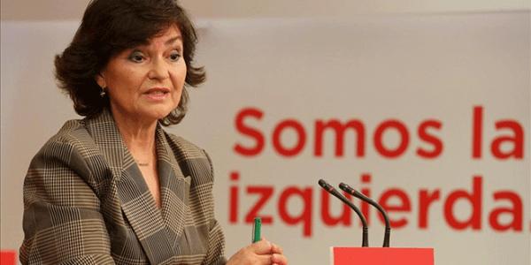 La vicepresidenta Carmen Calvo fue vocera, junto con el ministro de Asuntos Exteriores Josep Borrell, de hacer los anuncios sobre los acuerdos del Consejo de Ministros este viernes.